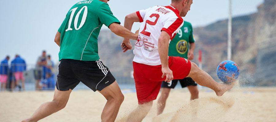 БК Фонбет и пляжный футбол