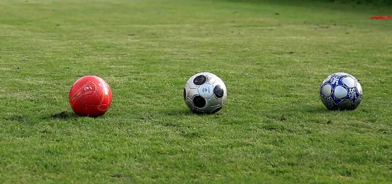 на делать футболе ставки